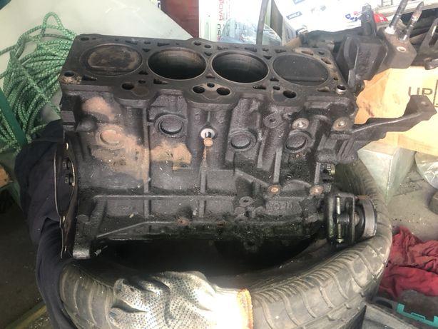 Продам мотор G4GC без головки