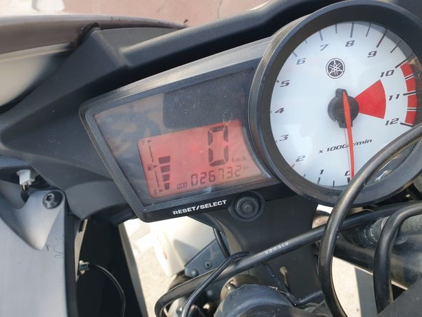 Moto yhamaha yzf r125