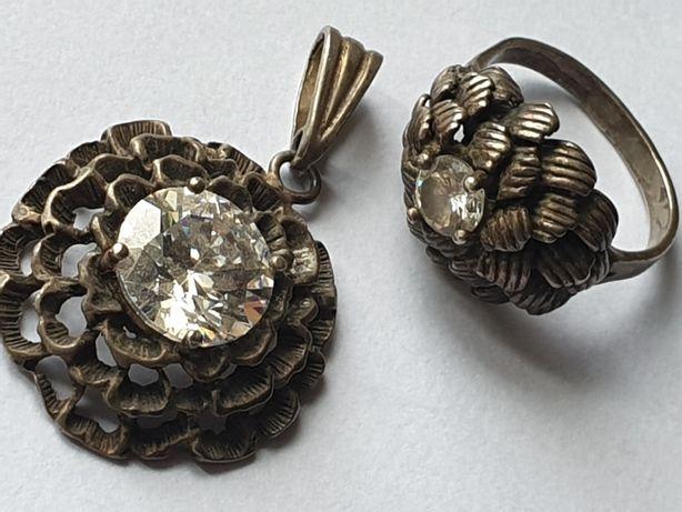 Stary srebrny komplet zawieszka wisior pierścionek. Rękodzieło srebro