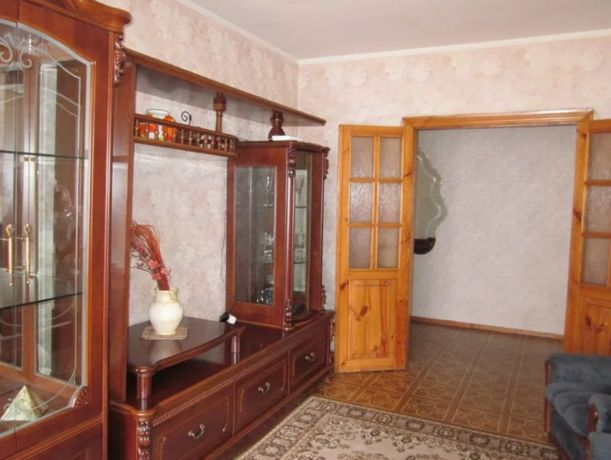 Продается 3-Х комнатная на Варненской, чешка! Средний этаж!BY