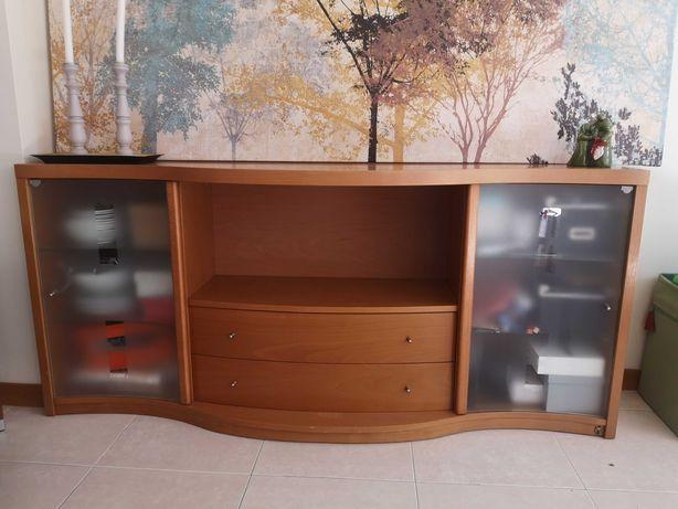 cómoda/aparador de madeira