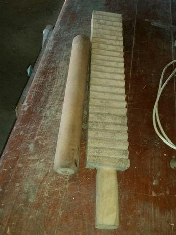 Sprzedam stary drewniany magiel