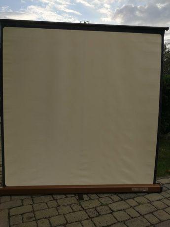 Ekran projekcyjny 150x150