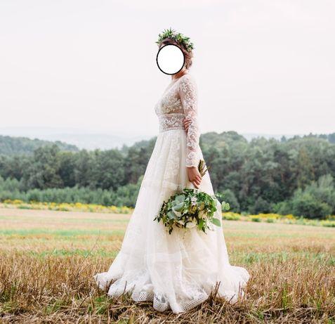 Piękna koronkowa suknia ślubna w stylu boho, rozmiar 34/36.
