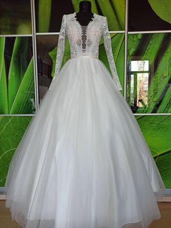 Свадебное платье.Единая цена!