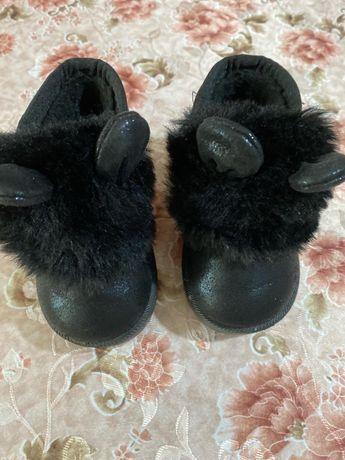 Деми ботинки  угги для девочки 21, 22