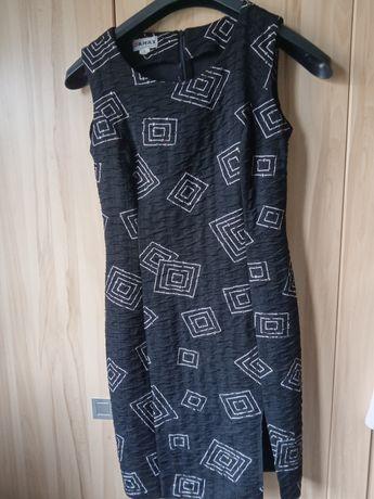 Sukienka czarna, elegancka