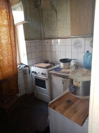 Продам 2 ком квартиру на Жилпоселке 1/5 общ 49 м