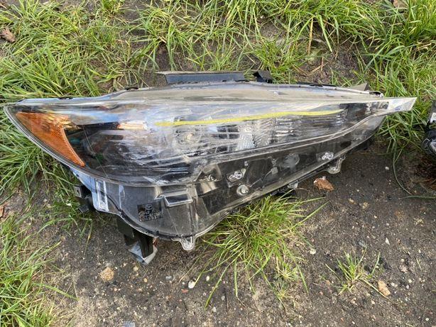 Lampy Parzednie uszkodzone Mazda CX5 2018 r