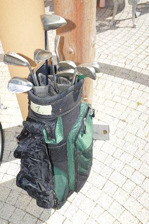 Zestaw kijów golfowych z torbą Masters. Osoba praworęczna.