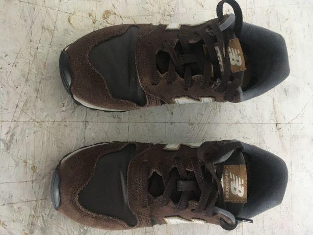 Sapatos NewBALANCE 373