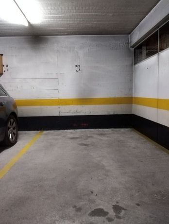 Lugar de garagem em prédio