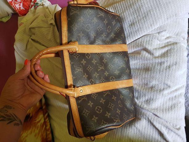 Śliczna torebka do ręki i na ramie wysyłka w cenie