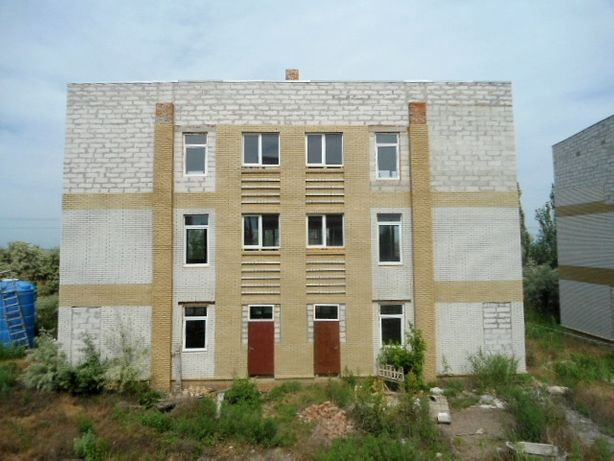 СРОЧНО! Продам базу отдыха на средней косе, г.Бердянск (вторая линия).