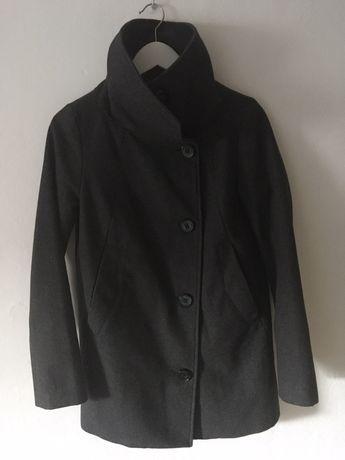 Szary grafitowy płaszcz Bershka wełna