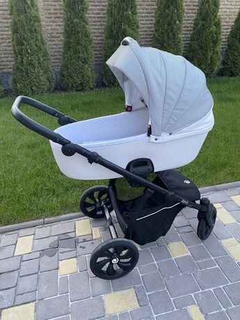 Продам коляску Tutis Aero reflecive 2в1 идеальное состояние