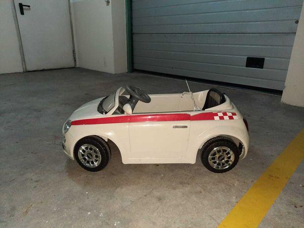 Carro elétrico para criança