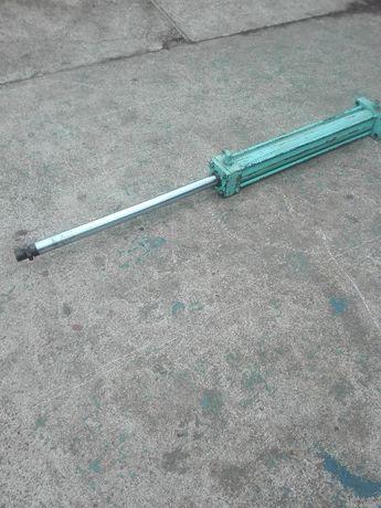 silownik hydrauliczny wysow 70 cm fi 45