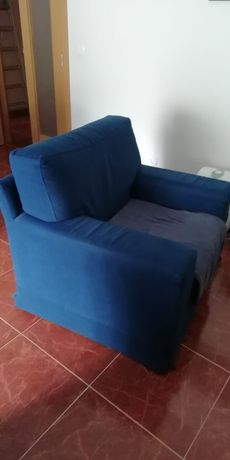 2 sofás individuais