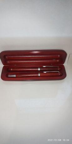 Набір ручок сувенірних у дерев'яному футлярі Vidaron