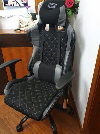 Cadeira Gaming Trust 707R