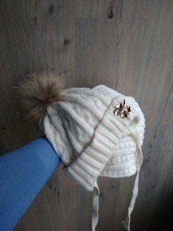 Шапка и шарфик с натуральным енотом