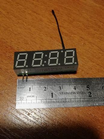 Часы в авто. время, термометр, вольтметр DC 5-30 в