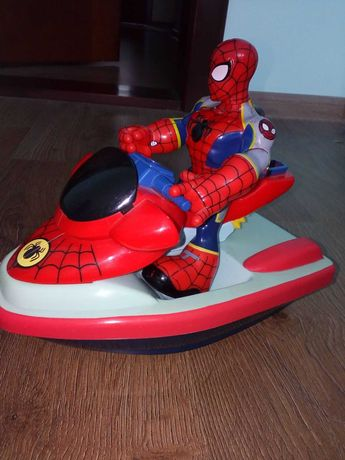 Человек-паук в катере от Мarvel Playwell