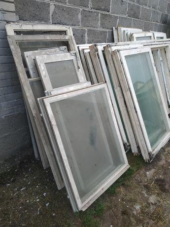 Okna drewniane bez ramy/futryny