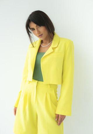 Желтый женский жакет