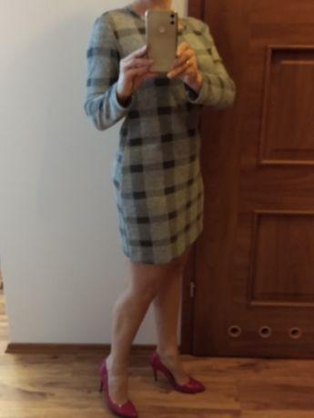 Sukienka w odcieniach szarości - rozmiar 36