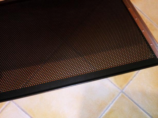 Blacha wypiekowa aluminiowa perforowana pokryta silikonem