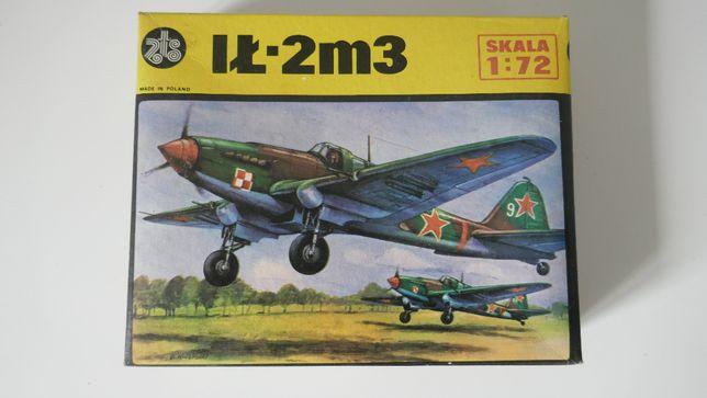 Model samolotu IŁ-2 do sklejania