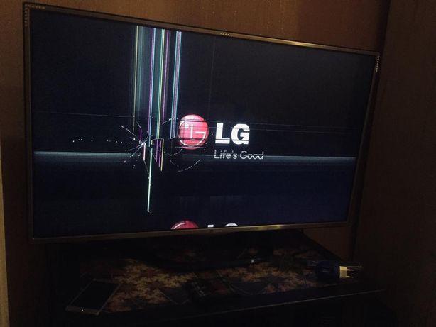 Продам 3D телевизор LG 42, возможно на запчасти