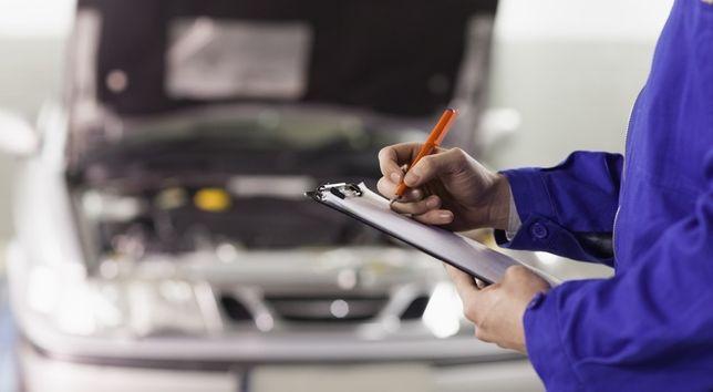 Sprawdzenie samochodu przed zakupem Oględziny auta Pomoc w zakupie