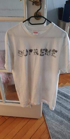 Koszulka Supreme - Size M oryginalna