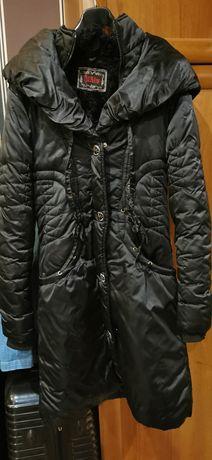 Płaszcz zimowy, bardzo cieply.