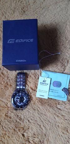 zegarek męski CASIO EF-550D-1AV