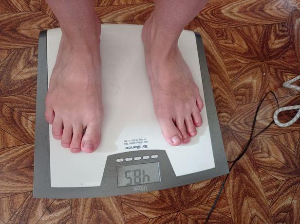 весы напольные электронные Vitec