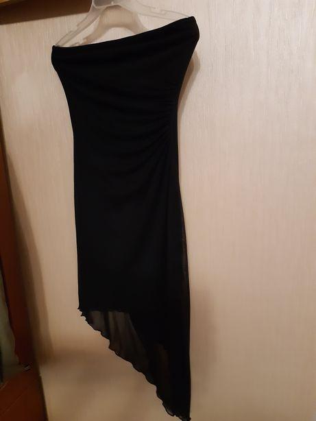 Платье вечернее двойное, трикотаж, оригинальный покрой, голые плечи