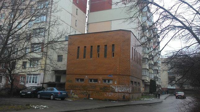 Оренда Укртелеком*, 520,50 м2, м. Чернівці, вул. Комарова, 2а
