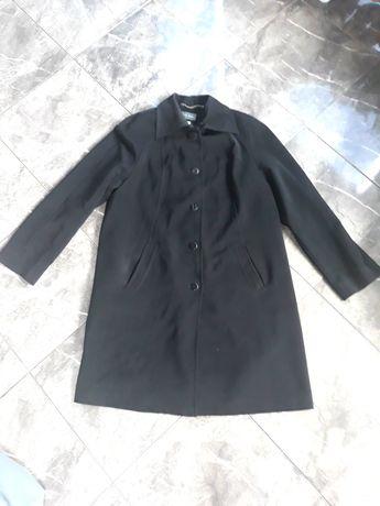 Nowy czarny płaszcz firmy Kuber, rozmiar 44