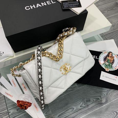 Сумка Chanel 19 натуральная кожа