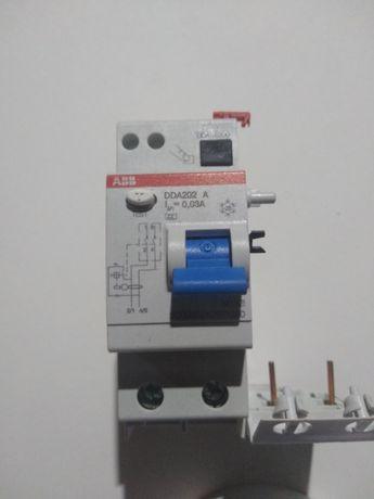 Różnicówka / Wyłącznik różnicowo - prądowy  ABB DDA 202A