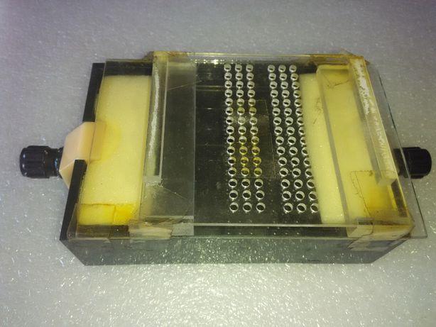 Камера деления для электрофореза на ацетатцеллюлозных пленка