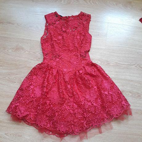 Piekna koronkowa sukienka jak nowa
