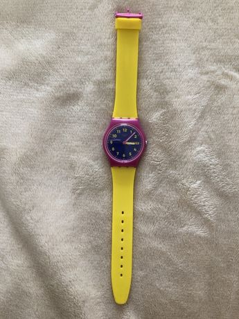 Dziecięcy zegarek SWATCH żółto-rózowy z gumy