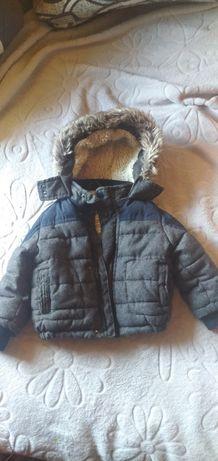 Курточка теплая на мальчика 12-18месяцев