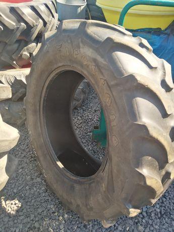 Opona Firestone 420/70 r28