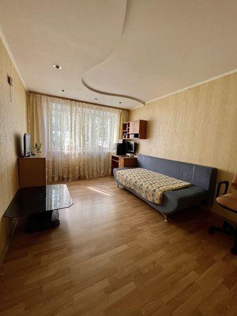 Продам 2к на Каверина, Рабочая, кирпичный дом средний этаж
